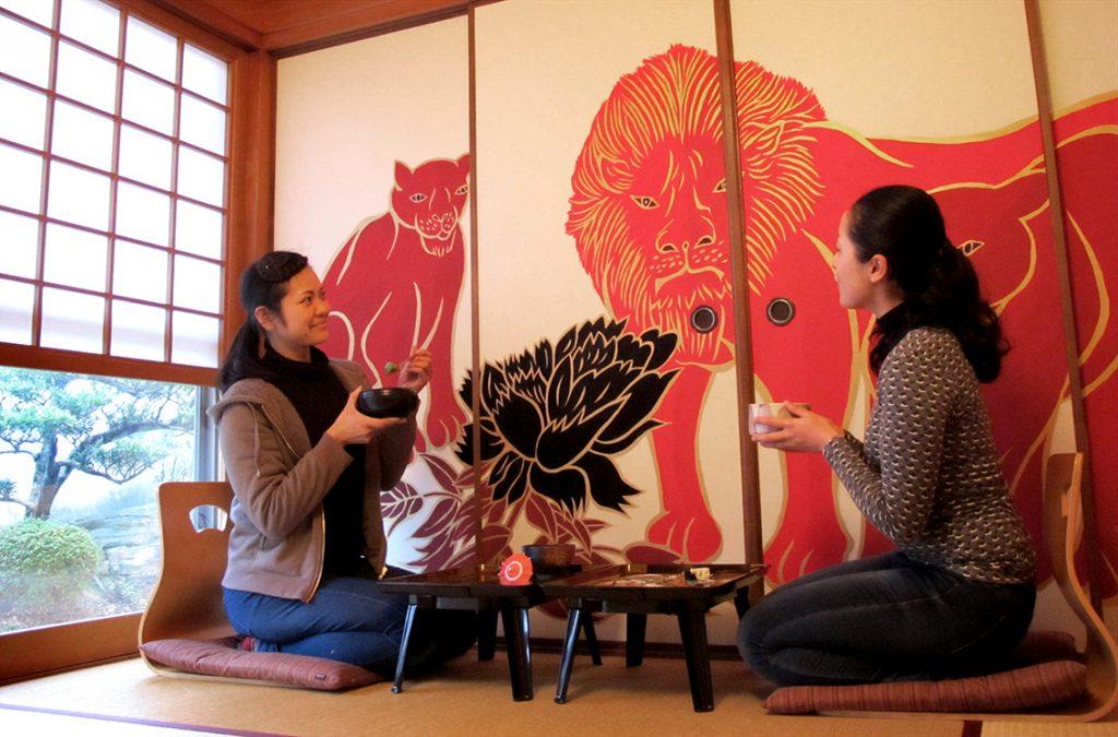 #washoku, washoku lovers, ki-yan, ki-yan's kyoto food & art, sydney food blog, japan, japanese restaurant, sweets, wagashi, ex cafe, arashiyama, japanese art, japanese culture, japanese cuisine, kyoto, kyoto restaurant, mural, red lions